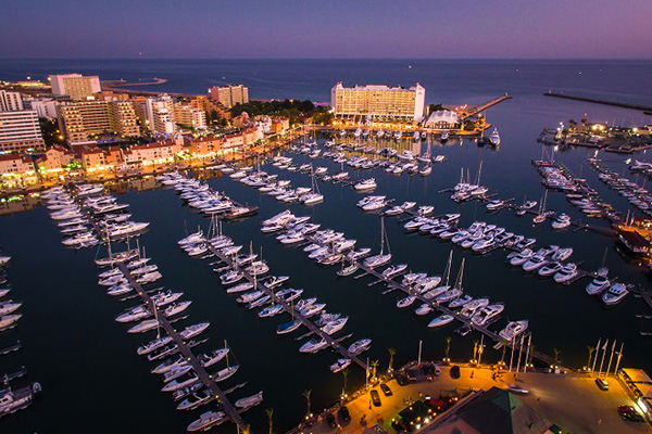 Vilamoura Marina Explore Yacht party night life sailing Algarve
